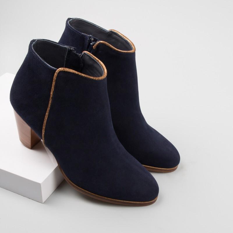 women 39 s high heels bobbies bobbies. Black Bedroom Furniture Sets. Home Design Ideas