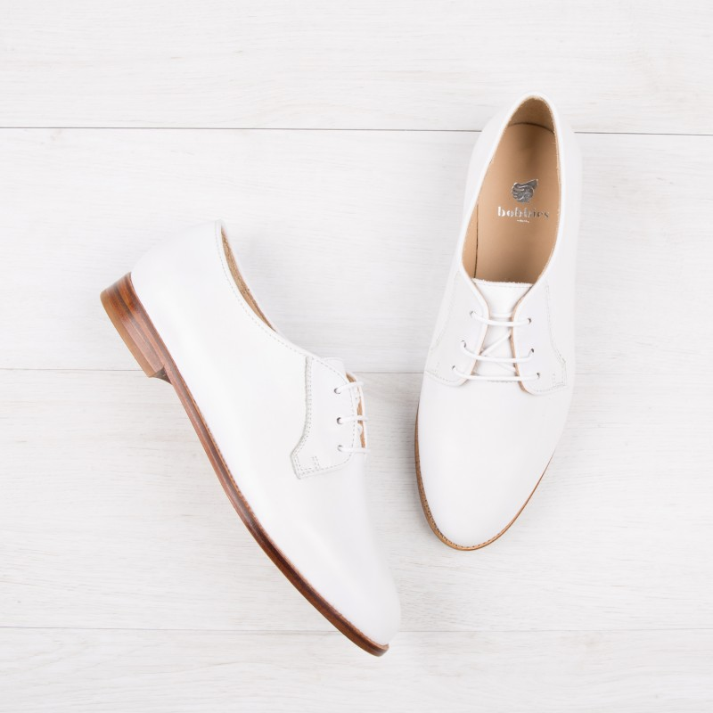 Vos envies de shopping - Page 16 Derbies-brogues-la-craneuse-white