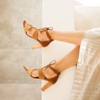 Sandales à Talon : L'Olympienne - Nuances De Brun
