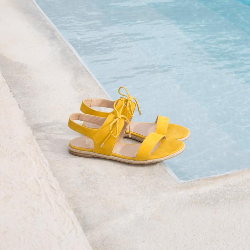 Sandales Plates : La Polissonne - Jaune Ambré