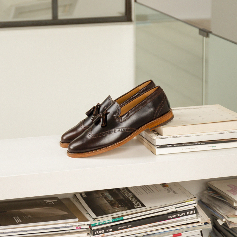 Le Galant Bison Loafers Pull Up Leather