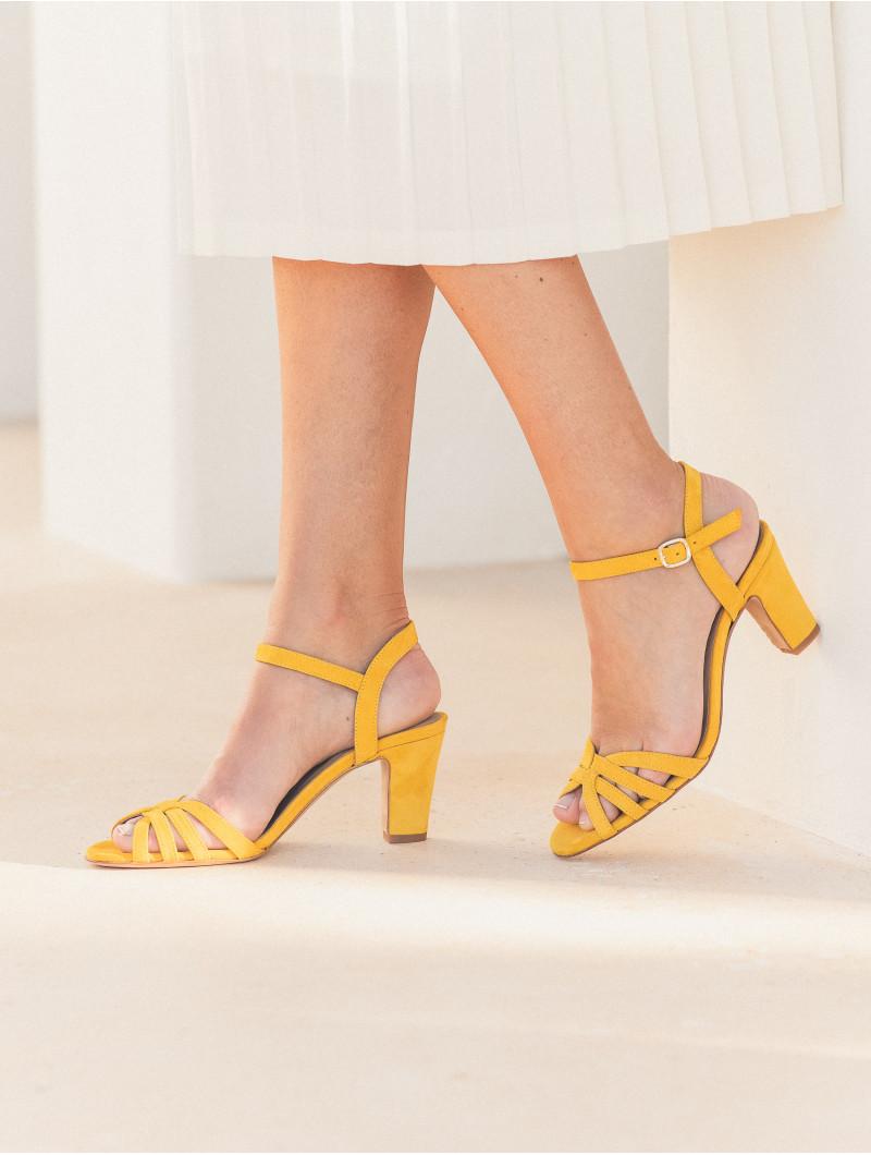 La Ravie - Amber Yellow