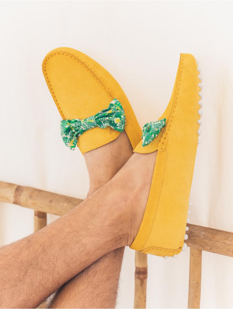 Le Charmeur - Tuscan Yellow