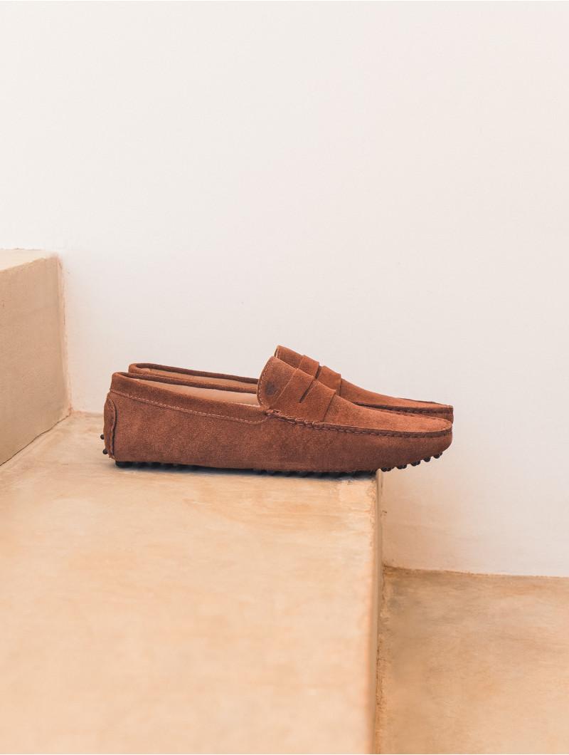 8e33a512100 L Élégant. Tuscan Brown. US 150. Driving Loafers color tuscan brown Bobbies  ...
