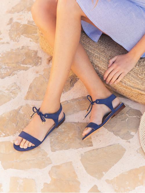 La Conquise - Egyptian Blue