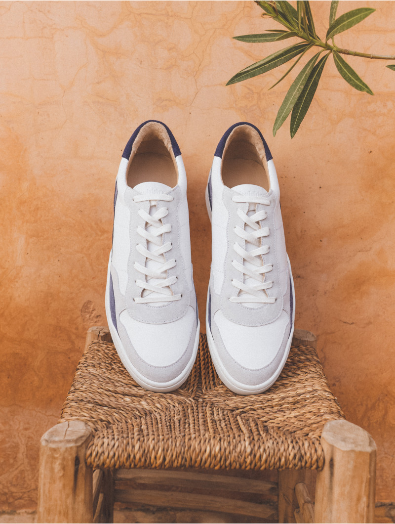 Sneakers & Trainers Le Malibu White & Shades Of Blue Bobbies