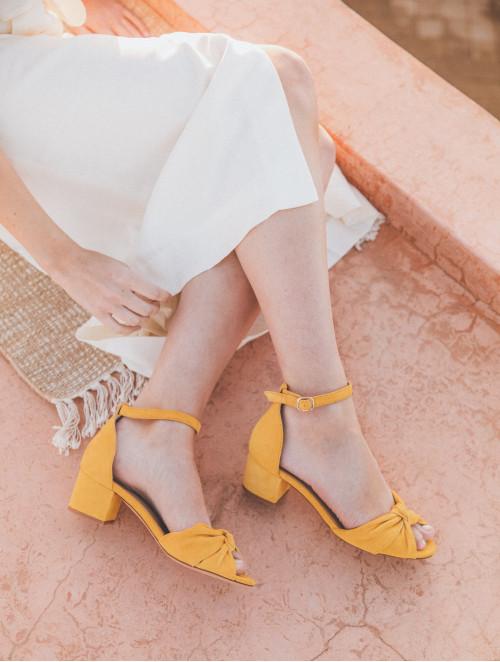 La Charmante - Tuscan Yellow