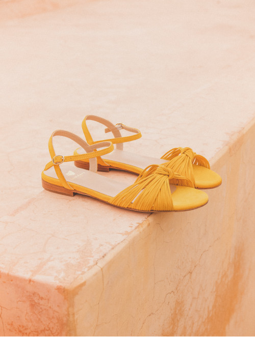 La Rayonnante - Safran Yellow