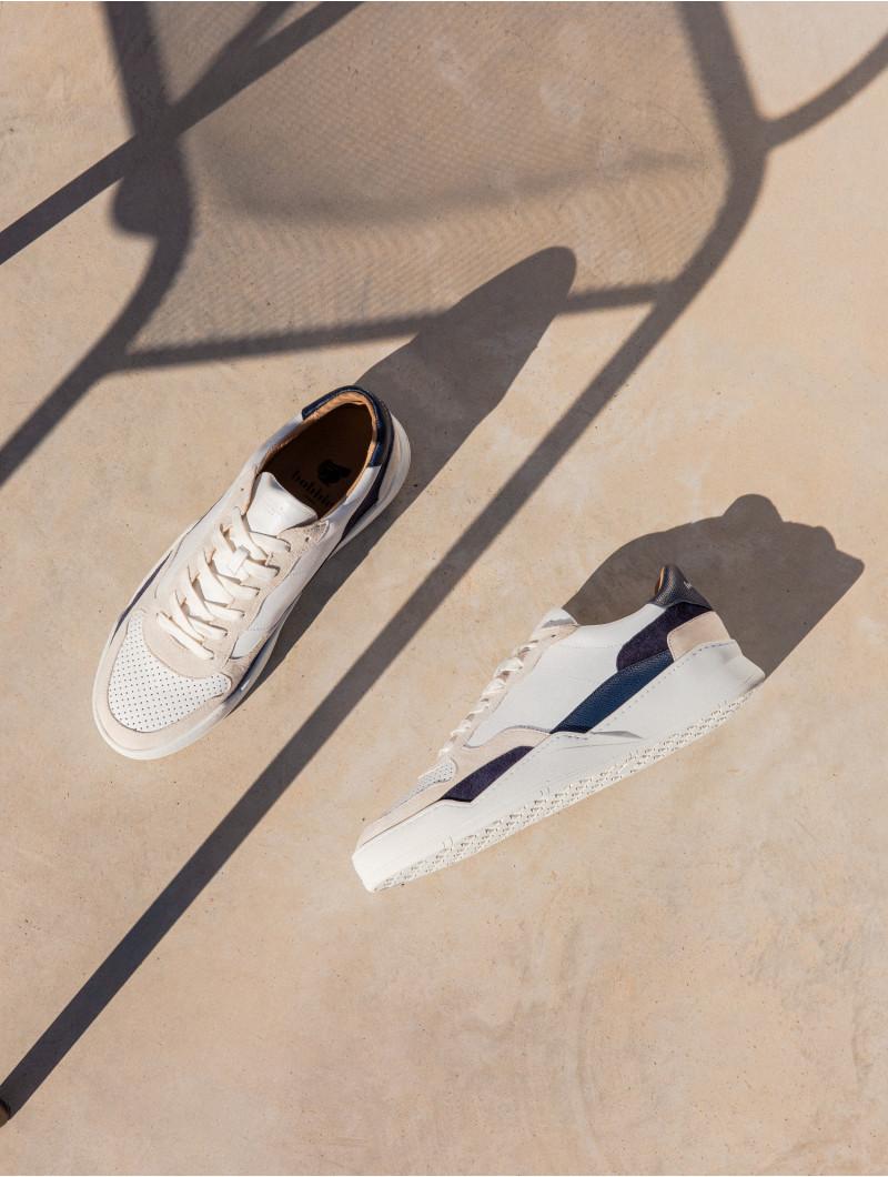 Malibu - White & Shades of Blue